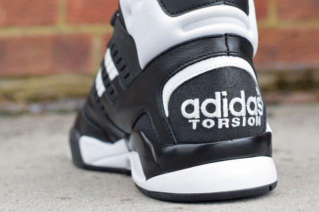 Adidas Torsion Artillery Lite Black White 5