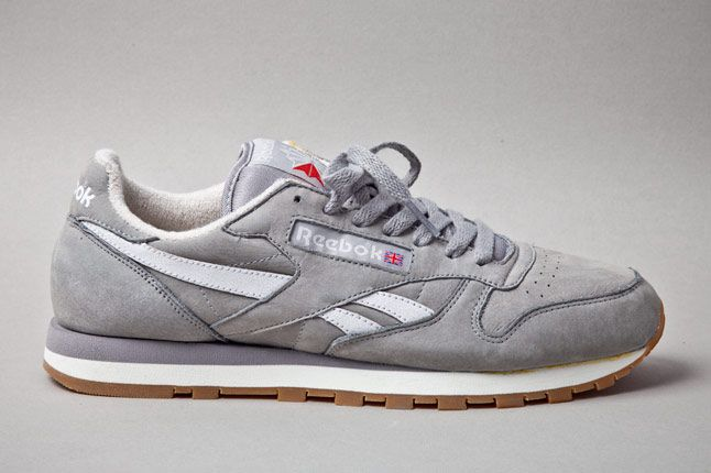 Reebok Classic Leather Vintage Racing Grey Profile 1