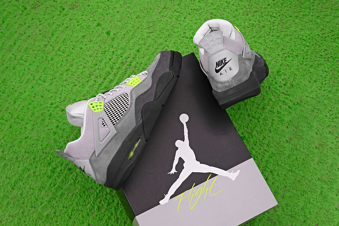 Jd Sports Air Jordan 4 Neon Box