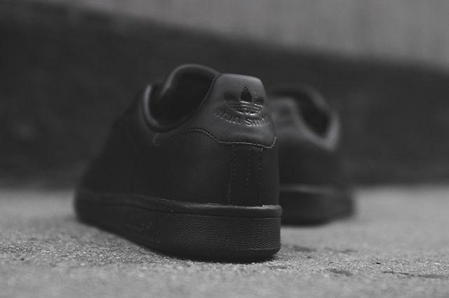 Adidas Stan Smith Triple Black 5