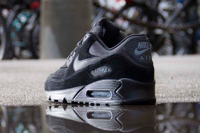 Nike Air Max 90 Suede Black Back