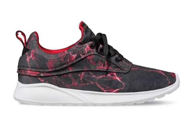 Globe Lyte Collection Roam Lyte Red Lava