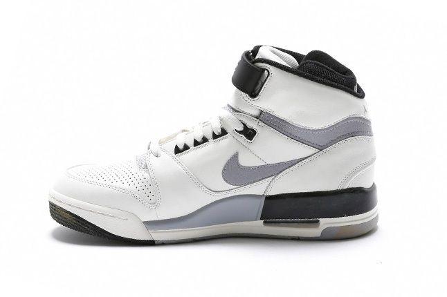 Nike Air Revolution White Grey Inner 1