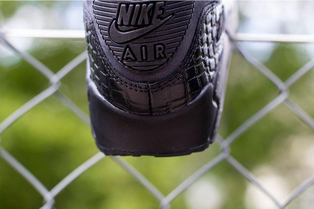 Nike Wmns Air Max 90 Patent Croc 3