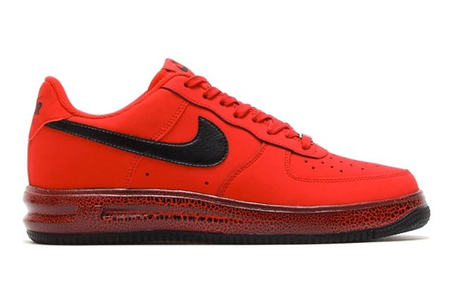 Thumb Red Force Lunar 1