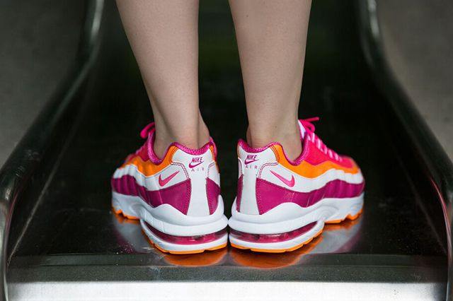 Nike Am95 Vivid Pink Bright Citrus 1