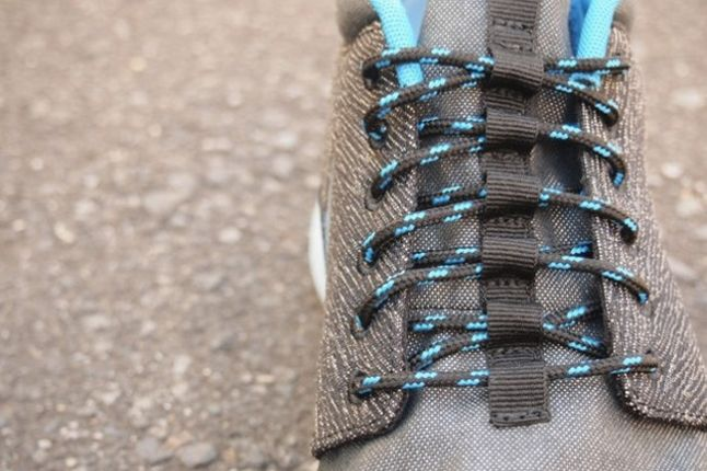 Nike Roshe Run Mid City Pack Blue Lace Detail 1