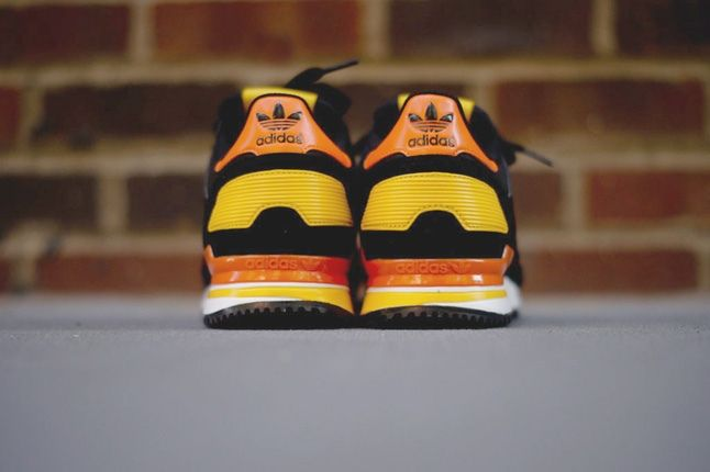 Adidas Zx700 Black Orange Heel Profile 1