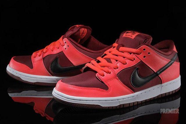 Nike Sb Dunk Low Laser Crimson 4