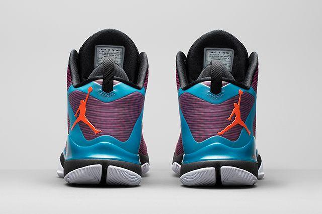 First Look Jordan Super Fly 3 6