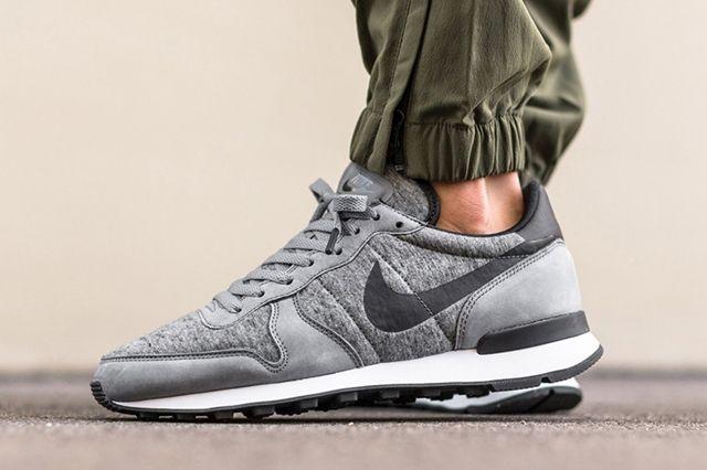 Nike Internationalist Tech Fleece 4