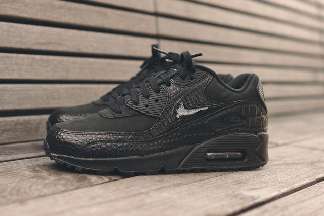 Nike Wmns Air Max 90 Triple Black Croc 2