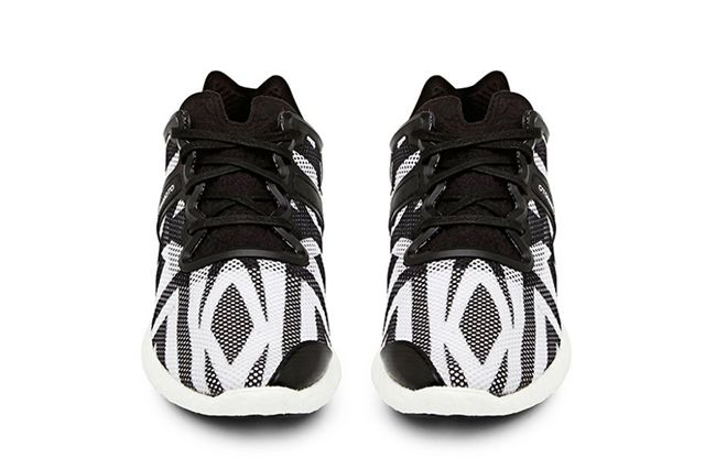 Y 3 Yohji Boost Black And White 2