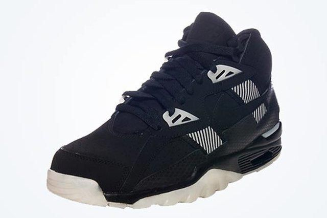 Another Nike Air Trainer Raiders Colorway 01 620X437