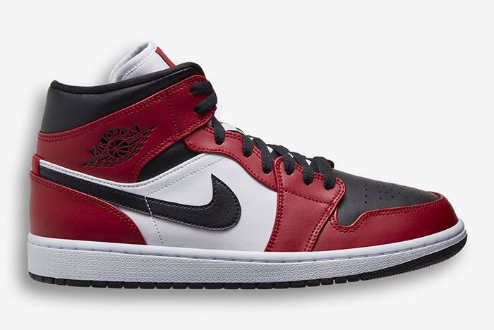 Air Jordan 1 Mid Red Black White 554724 069 Lateral Side Shot