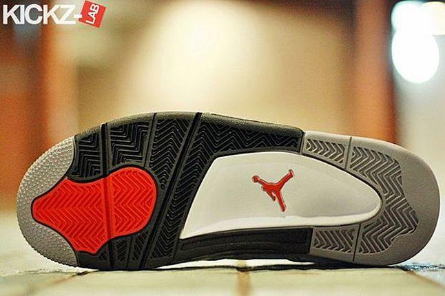 Air Jordan 4 Tech Grey 051 1