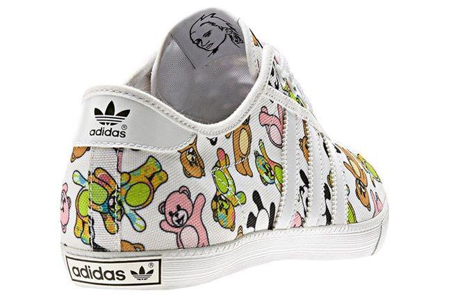 Jeremy Scott X Adidas Originals Js P Sole Bear Print Heel Angle 2