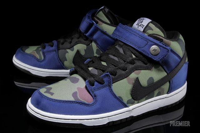 Made For Skate Nike Sb Dunk Mid Pro Premium Angle