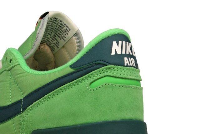 Nike Air Vortex Vntg Heel Detail 1