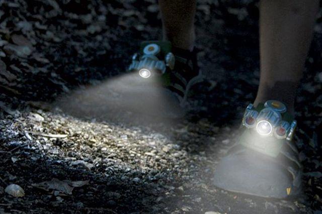 Sneaker Search Light