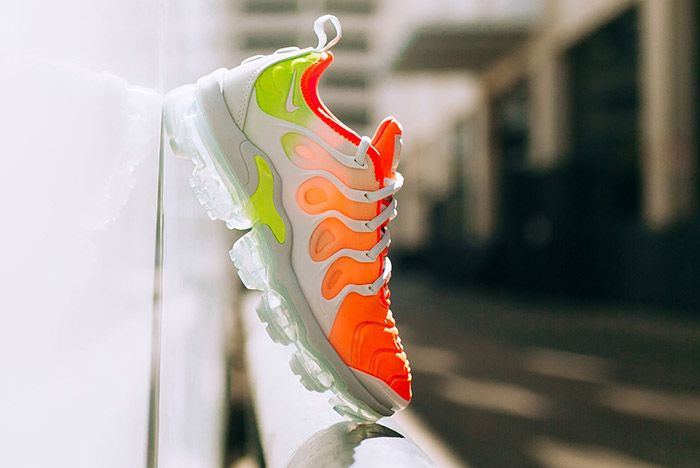 Nike Vapormax Plus Womens Reverse Sunset Sneaker Freaker