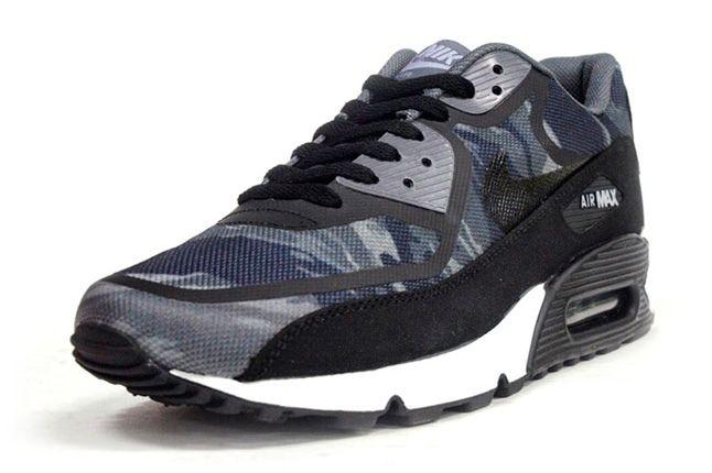 Nike Am90 Prm Tape Black Camo Front Quarter 1