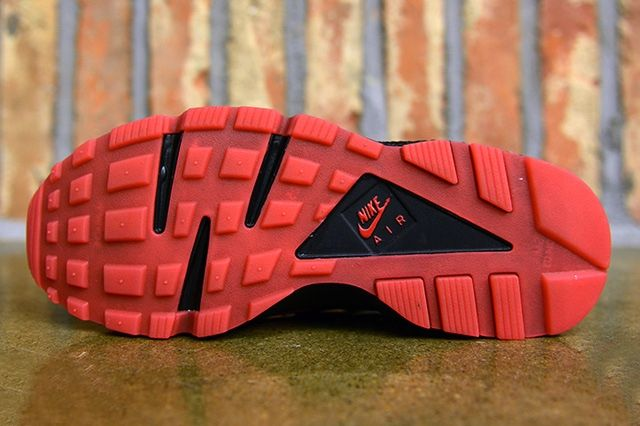 Nike Air Huarache Qs University Red 1