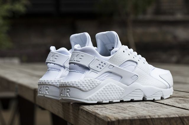 Nike Wmns White Ice Pack 5