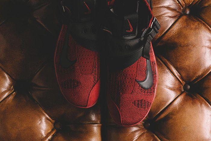 Nike Vapormax Premier Flyknit Team Red 2