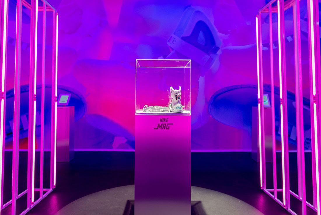 Nike Air Mag Show 12