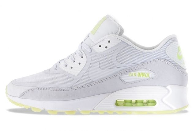 Nike Air Max Glow In The Dark Pack Am90