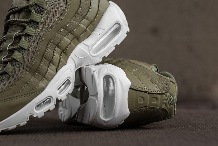 Nike Air Max 95 Trooper Green 2