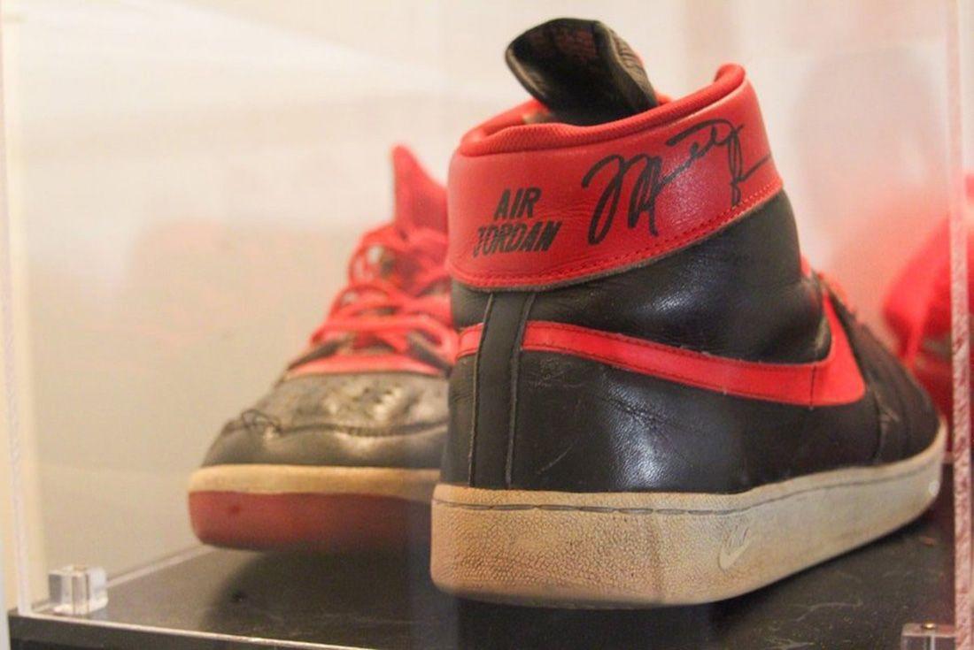Nike Air Ship 1984 Banned Michael Jordan Rear