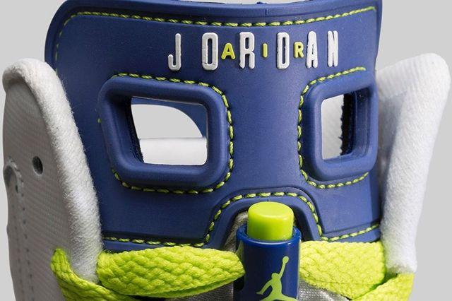 Air Jordan 6 Girls Fierce Green Bump 1
