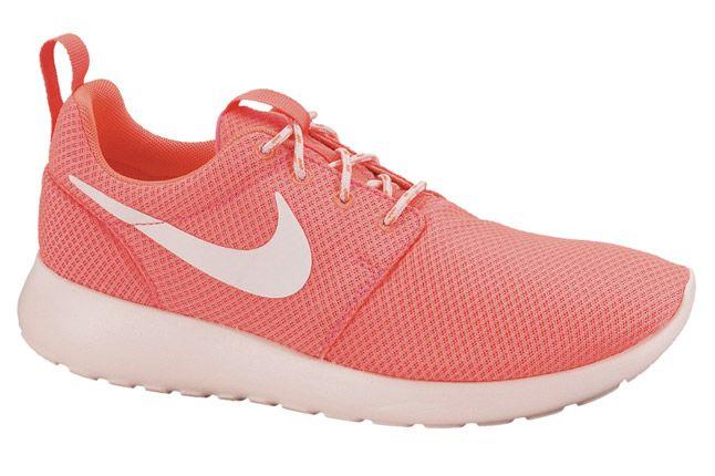 Nike Roshe Run Womens Hot Punch 01 1