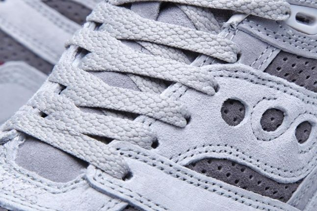 White Mountaineering X Saucony Courageous Detail 1