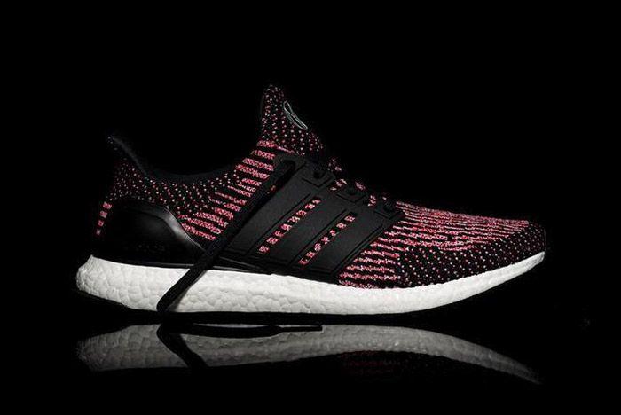 Adidas Ultra Boost Nyc Black Pink 3