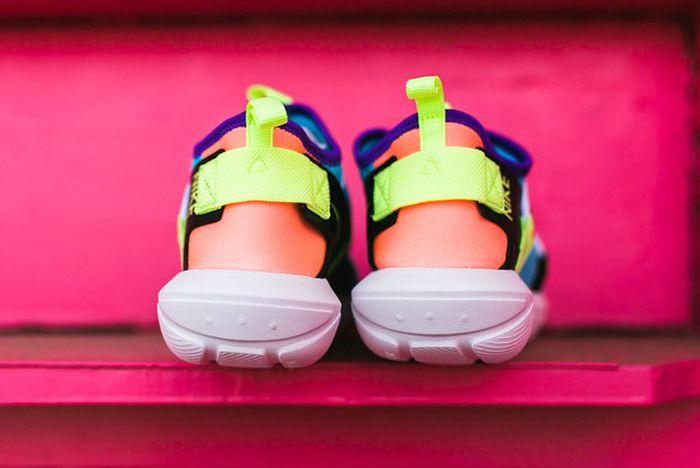Nike Vortak Lagoon Blue Pink 1