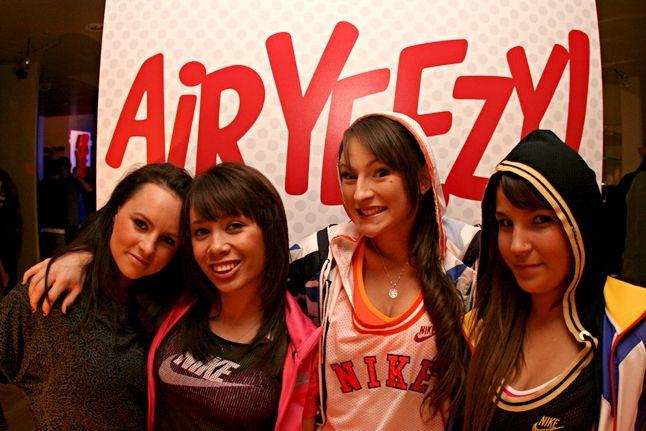 Nz Yeezy Launch 45