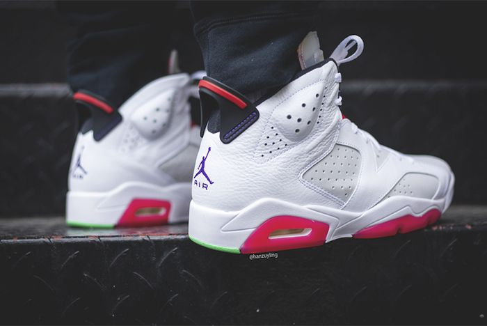 Air Jordan 6 Hare Back