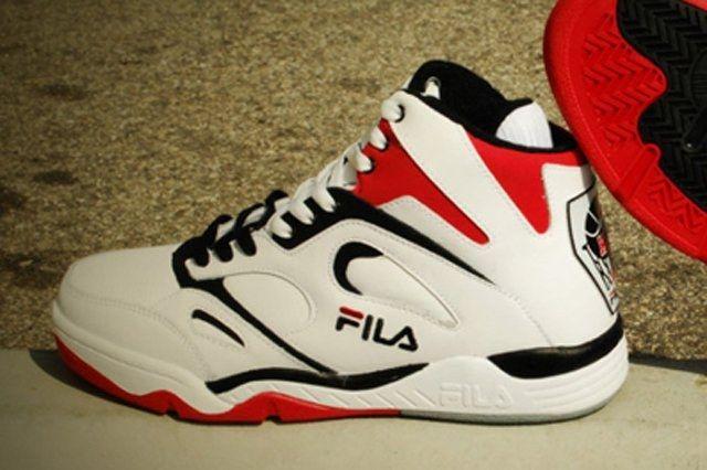 Fila Kj7 White Black Fire Red Thumb