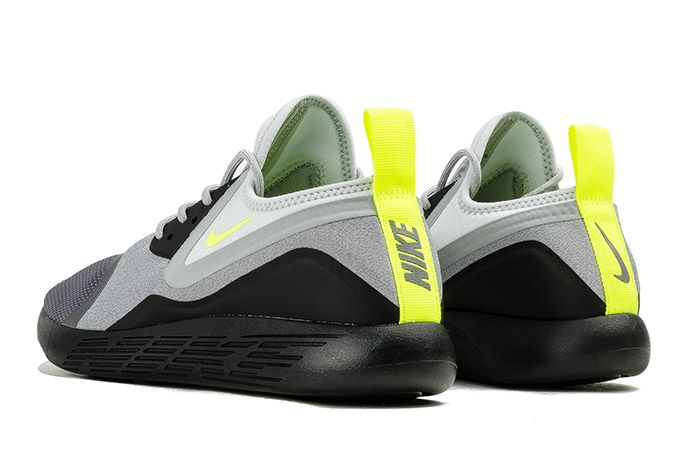 Nike Lunarcharge Neon 3