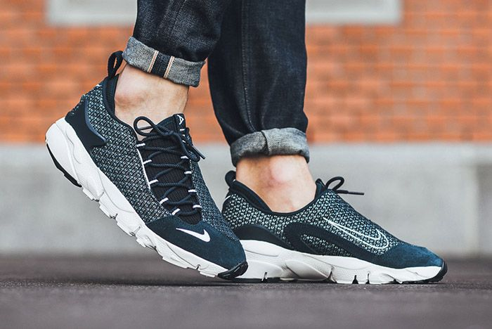 Nike Air Footscape Jacquard Armory Navy Blue White 2
