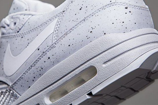 Nike Sportswear Monotones Vol1 7