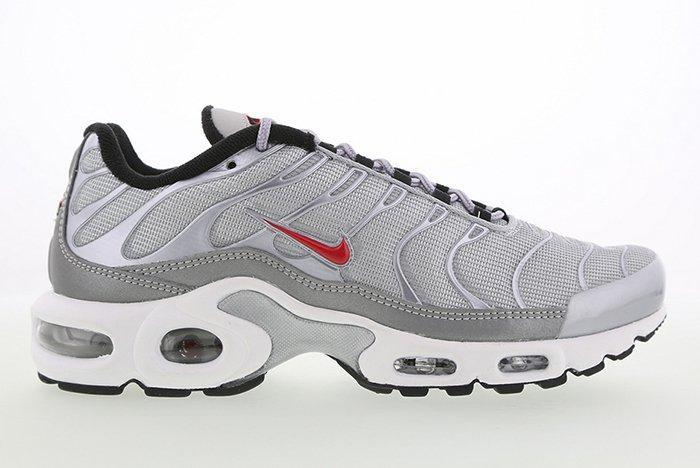 Nike Air Max Plus Silver Bullet2