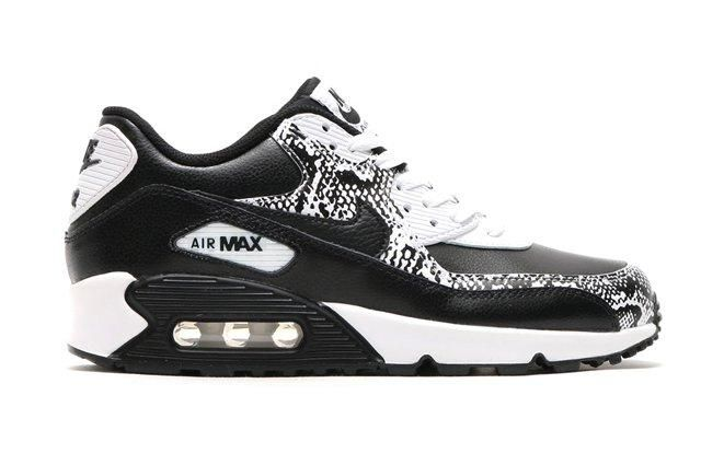Nike Air Max 90 Gs Blackblack White1