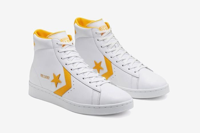 Converse Pro Leather Hi Yellow Pair