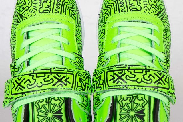 Keith Haring Reebok Classic Workout Mid Strap Neon Green 6