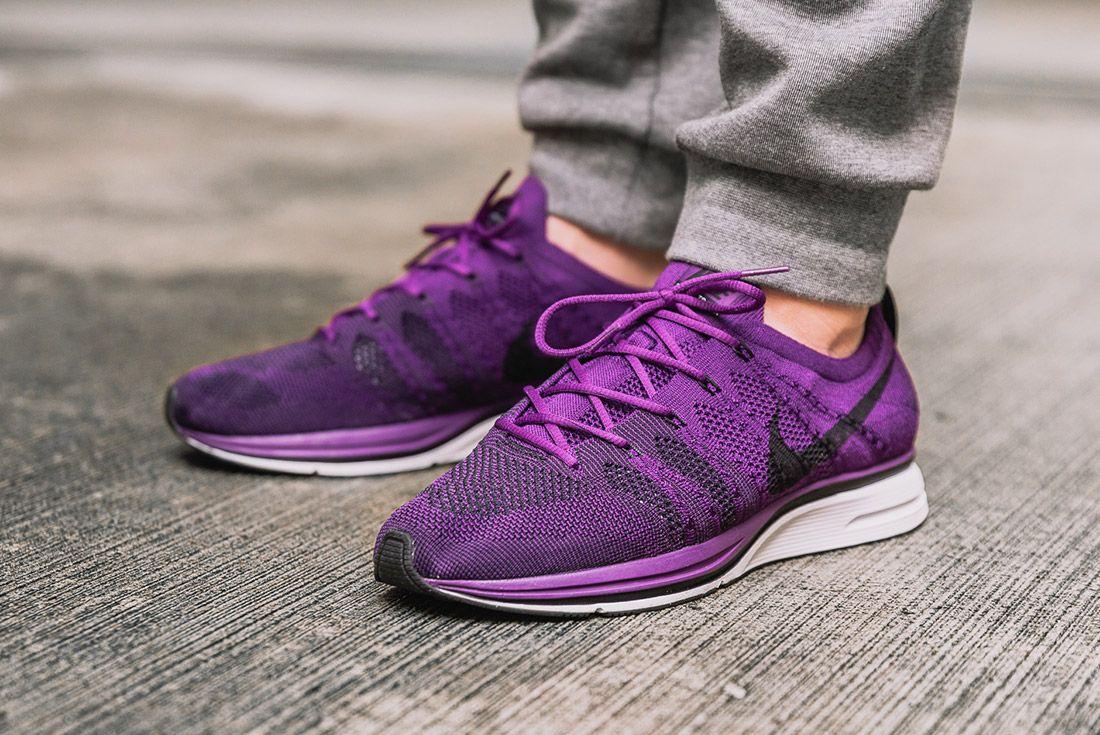 Nike Flyknit Trainer Purple3