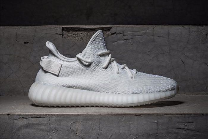 Adidas Yeezy Boost 350 V2 Triple Whitefeature